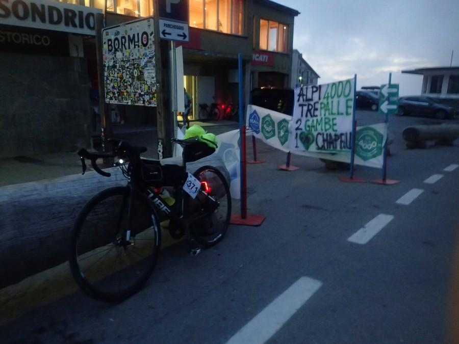 Alpi4000 Day6:Spormaggiore→Silandro→Bormio 完走、ステルヴィオ峠ゴール 169km