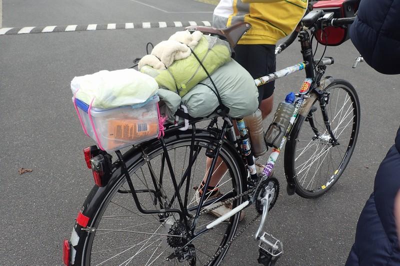 ロードバイクに手軽にリアキャリア取付【ミノウラRC-1000・1200】